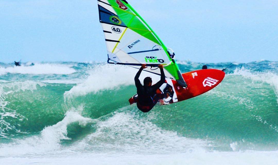 Scuola di wind surf in Salento